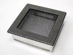 Вентиляционная решетка Kratki 17x17 Черная/хром пористая