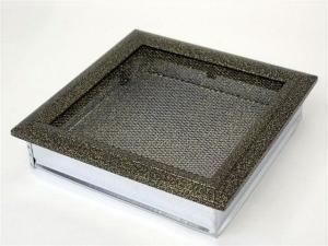 Вентиляционная решетка Kratki 22x22 Оскар черная/латунь