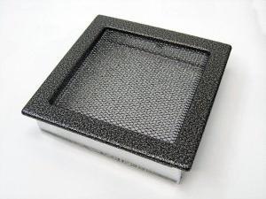 Вентиляционная решетка Kratki 22x22 Черная/хром пористая