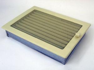 Вентиляционная решетка Kratki 22x30 Бежевая с жалюзи