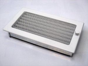 Вентиляционная решетка Kratki 17x30 белая с жалюзи