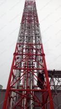 Реализованный объект смонтированная четырехгранная ферма дымовой трубы D=350х550 мм 4 шт., D=500х60 0мм 3шт. Н=45м