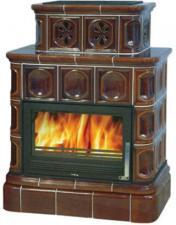 Печь-камин ABX Karelie на кафельном цоколе с теплообменником